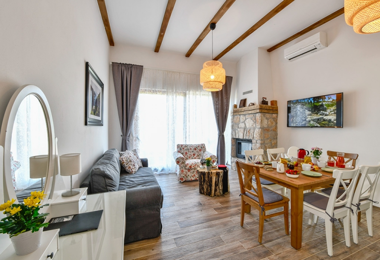 Exclusive Villas Joja - Joja House - Living Room