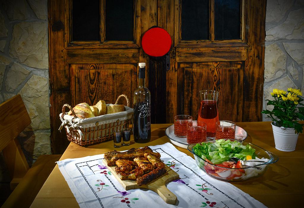 Exclusive Villas Joja - Tavern - Food